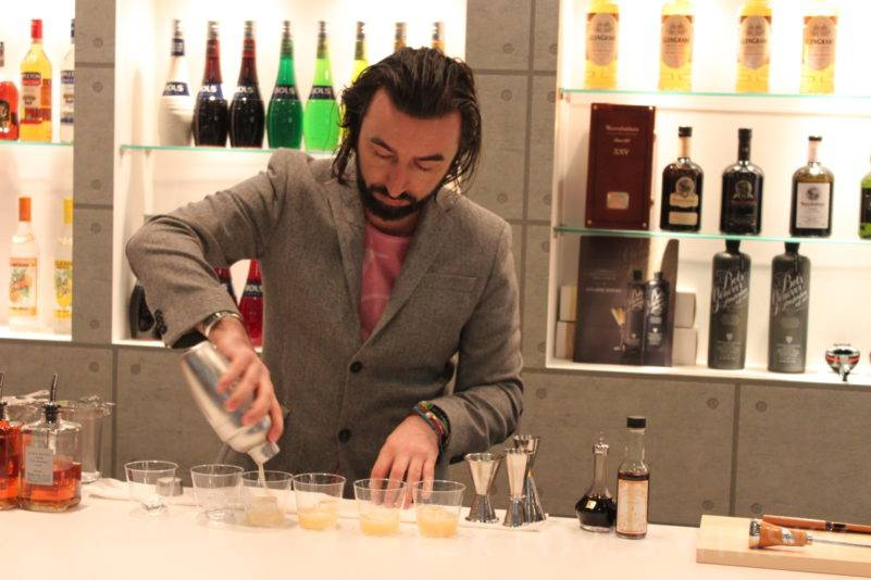 Master in action - Stanislav Vadrna and his Masataka Swizzle