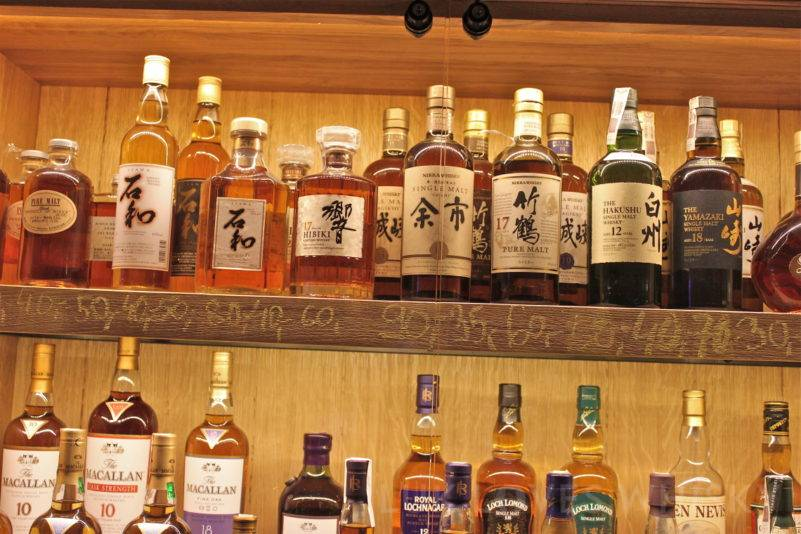 Dom Whisky Jastrzebia Gora in Warsaw with a liitle piece of Japan